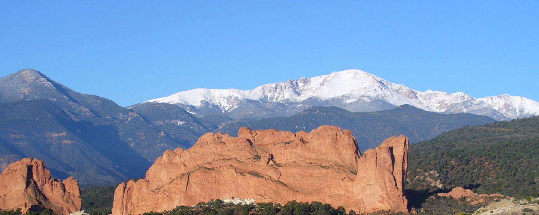 Garden of the Gods & Pikes Peak in Colorado Springs, Colorado